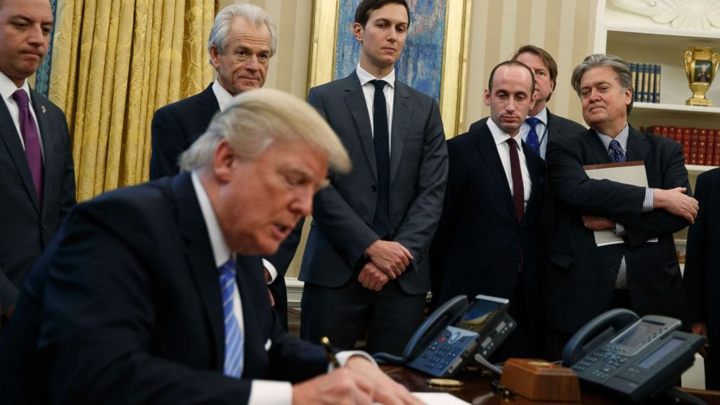 White House Prepares New Immigration Limits